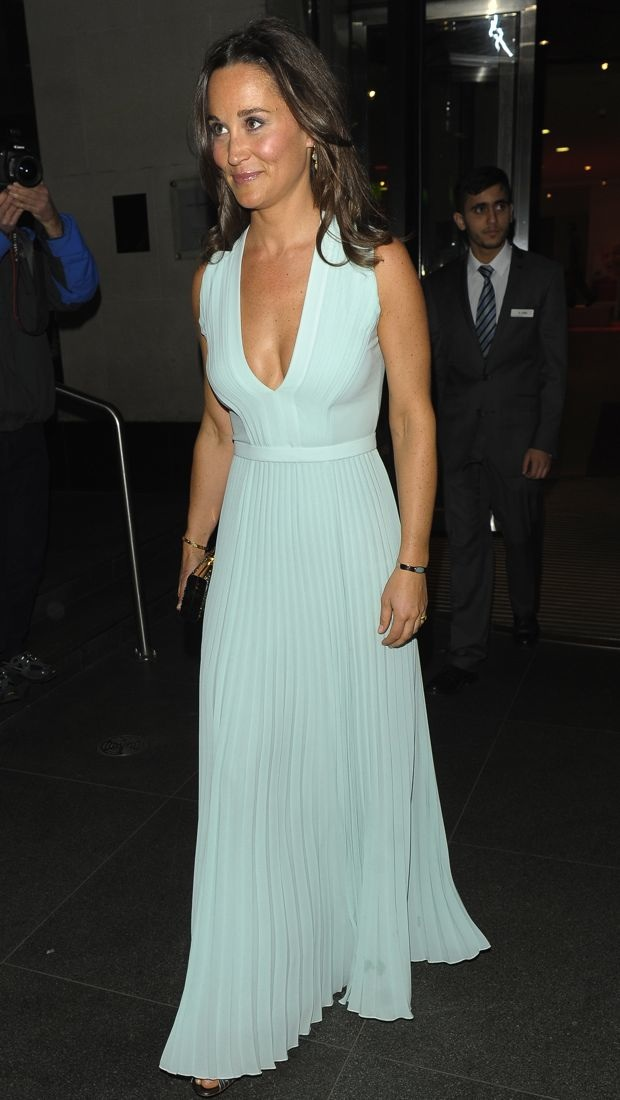 Pippa Middleton sports a pretty pleated Hugo Boss gown