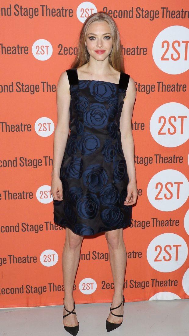 Amanda Seyfried wears a moody floral Oscar de la Renta dress on opening night