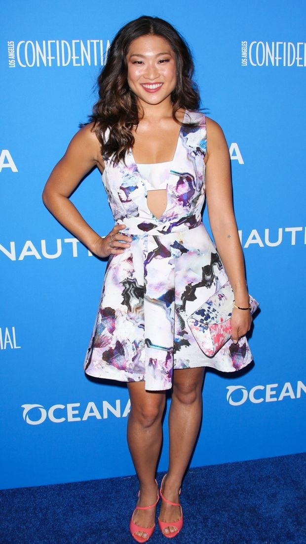 Jenna Ushkowitz charms in a fresh printed dress at the 3rd Annual Nautica Oceana Beach House Party