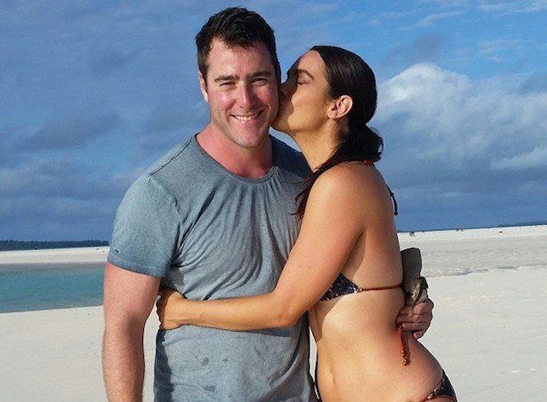 Jesse McNeilly and Laura Wells at beach