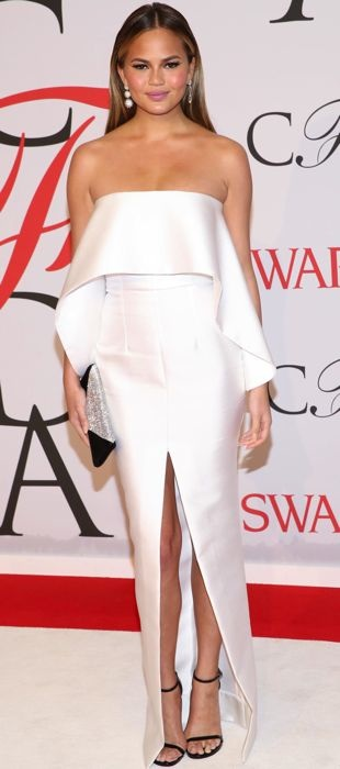 Chrissy Teigen in Solace London at the 2015 CFDA Fashion Awards