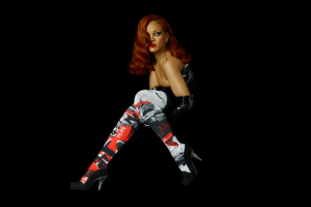 Rihanna Stance
