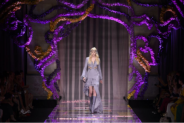 versace-haute-couture-fall2015-landscape