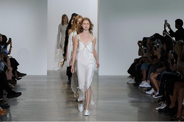 Calvin Klein Spring 2016 runway