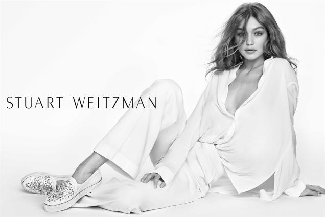 Stuart Weitzman S/S 2017 : Gigi Hadid by Mario Testino