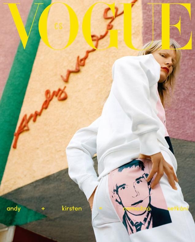 Vogue Czechoslovakia December 2018 : Kirsten Owen by Michal Pudelka