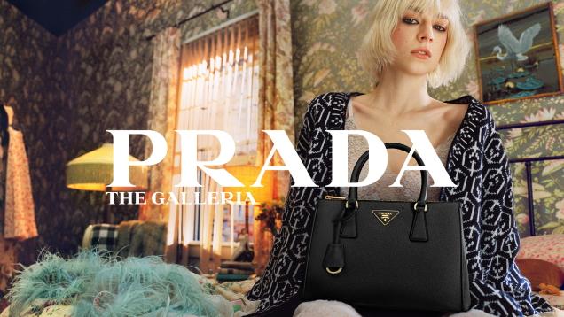 Prada 'Galleria' Handbags 2021 : Hunter Schafer by Xavier Dolan