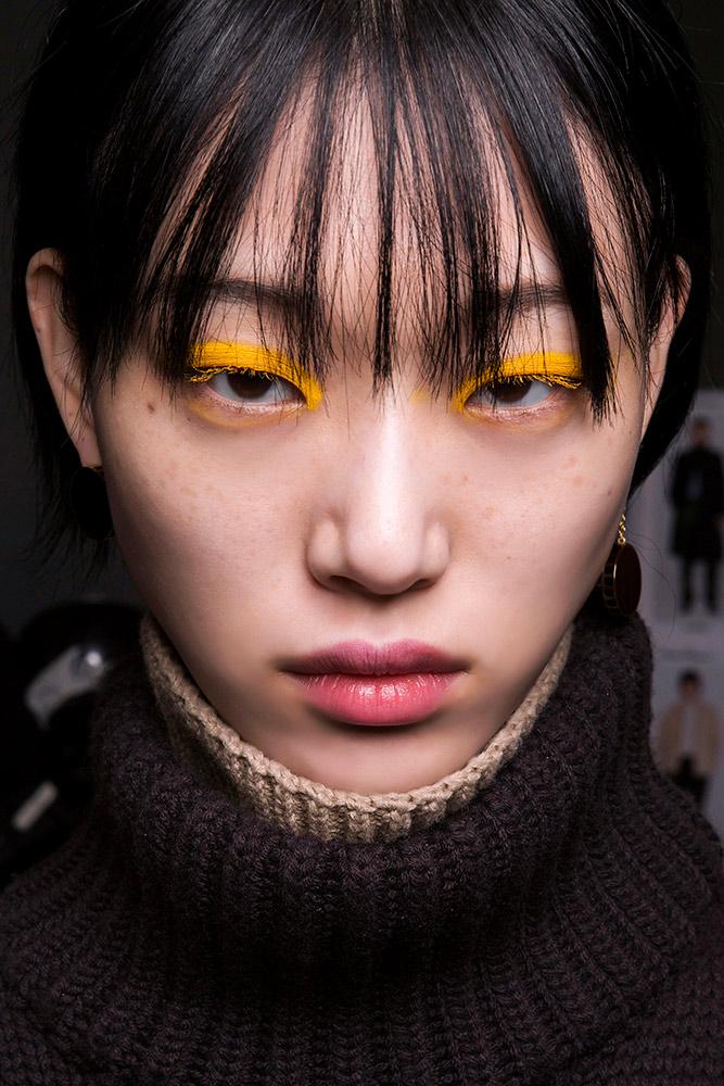 Hello, Yellow