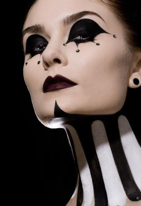 Download Halloween Makeup Tips Pics