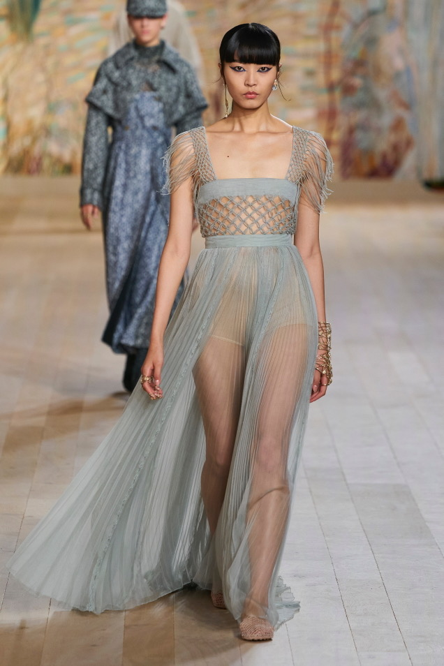 MISS: Christian Dior